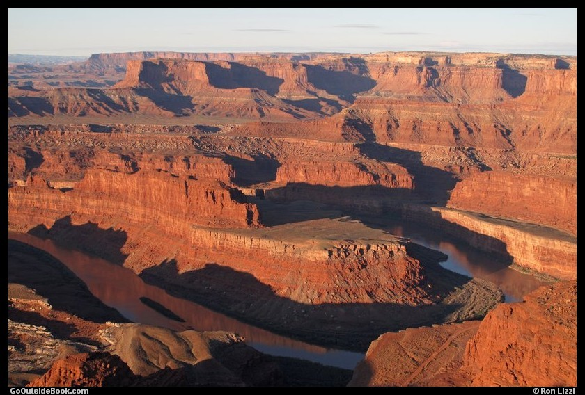 Colorado River viewd from Dead Horse Point at sunrise - Dead Horst Point State Park, Utah