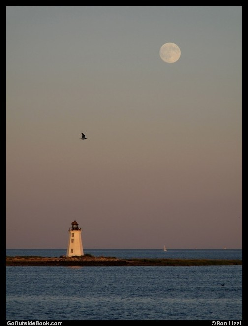 Fayerweather Island Lighthouse and full moon
