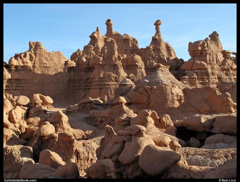 Goblin Valley - Goblins behind the Main Valley